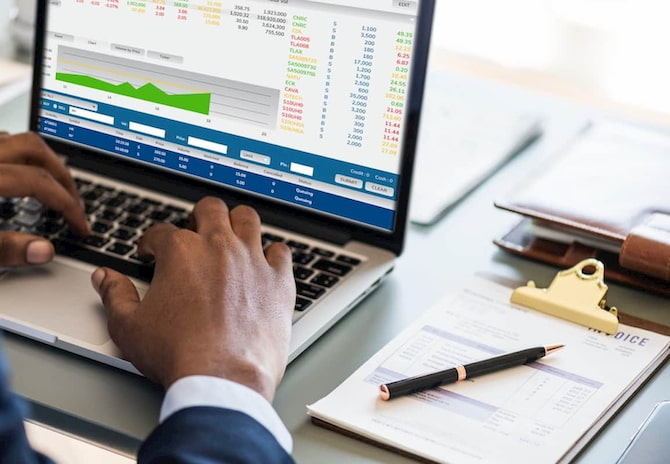 Top 12 Finance and Accounting Careers in 2021