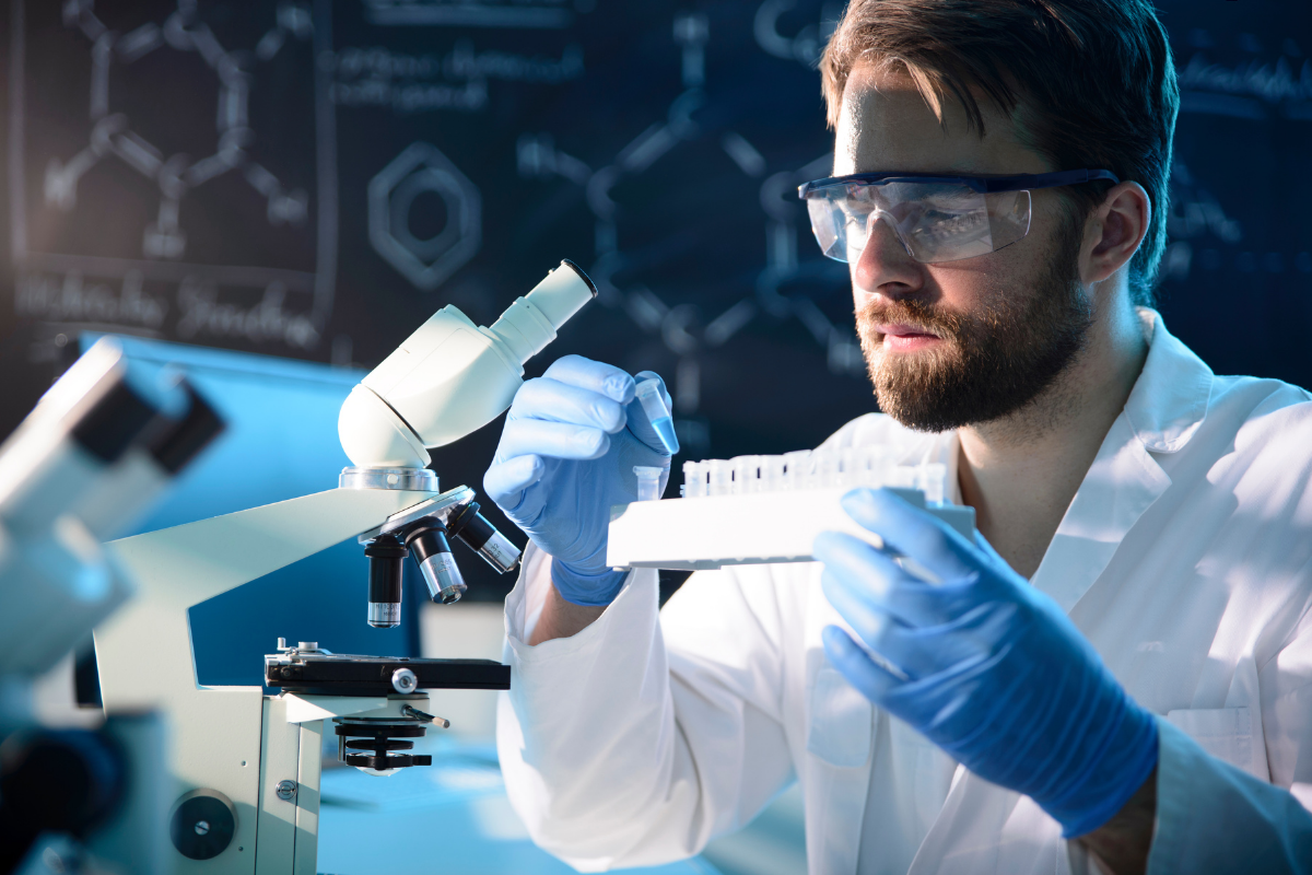 4 Pharmaceutical Science Master's Programs to Consider