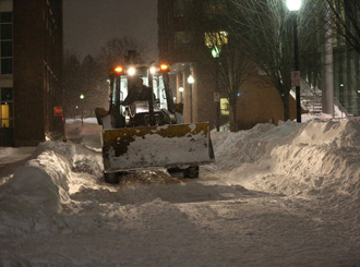Campus comes together as snow pummels region